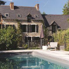 Tranquillité au jardin pour cette maison pleine de charme