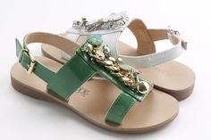 There's no many ways to be the princess of summer... #Florensshoes #sandals #summer #leather #madeinitaly #fashionlover #fashionaddict