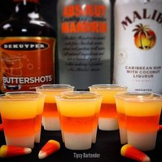 Candy Corn Jello Shots {The Tipsy Bartender} Halloween Cocktails, Halloween Jello Shots, Halloween Food For Party, Halloween Treats, Adult Halloween Drinks, Halloween Halloween, Holloween Party Ideas, Halloween Costumes, Halloween Birthday