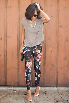 Floral trousers, like these from Miss Guided, are perfect for work days or happy hour. | Mesonista