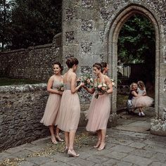 """7,336 Likes, 145 Comments - Rock My Wedding (@rockmywedding) on Instagram: """"What a bevvy of beauties these bridesmaids are on the blog today 🍑 #linkinbio Swipe to see the off…"""""""