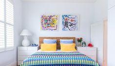 Está meio enjoado do quarto, mas não está afim de pintar, nem de trocar o papel de parede, muito menos a cabeceira? Sua solução é a roupa de cama! Uma roup