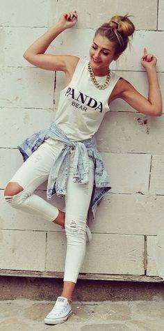 White Broken Hole Narrow Feet Jeans