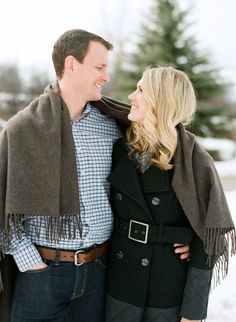 Pretty in the snow: http://www.stylemepretty.com/colorado-weddings/aspen/2015/03/25/new-years-aspen-engagement-session/ | Photography: Lane Dittoe - http://lanedittoe.com/