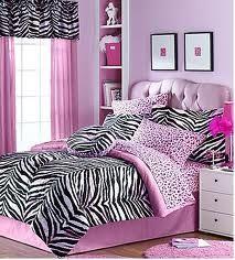 Zebra room ideas cosy zebra room decor teen girl zebra bedroom ideas homes for rent with . Zebra Print Bedroom, Zebra Bedding, Leopard Bedroom, Zebra Curtains, White Curtains, Dream Rooms, Dream Bedroom, Home Decor Bedroom, Bedroom Ideas