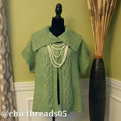*** LOWEST PRICE *** NWOT***Green Sweater Beautiful Green Sweater that is New and Never Worn. Sweaters Cowl & Turtlenecks