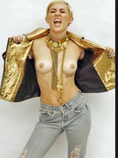 Naked boobs Hannah montana