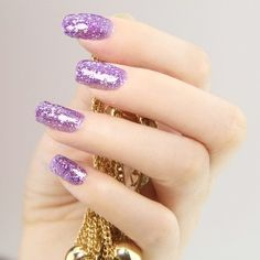 http://www.facebook.com/pages/Mujeres-Glamour/480763248605936?ref=hl