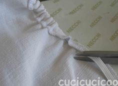 cucicucicoo: ecological living: come cucire gli angoli sulle lenzuola - how to sew corners on a bed sheet