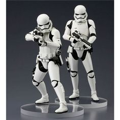 Buy Kotobukiya Star Wars: The Force Awakens First Order Stormtrooper ArtFX+ Statue from Pop In A Box UK, the home of Funko Pop Vinyl subscriptions and more. Star Wars Episoden, Leia Star Wars, Star Wars Toys, New 52, Star Wars Collection, Luke Skywalker, Minions Star Wars, Dc Universe, Toys