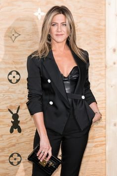 """Jennifer Aniston and Justin Theroux Are """"In Louvre"""" at a Swanky Paris Dinner"""