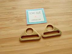 Triangular Rings - 1 inch (25mm) - flat triangle rings - in Antique Brass -  Bag and Strap Hardware by LoveEllieBagMaking Find it now at http://ift.tt/2gmNs7f!