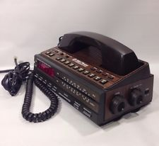 Vintage Retro Woodgrain Bell Telephone AM/FM Alarm Clock Radio Phone
