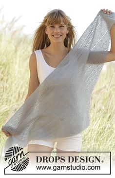 Ponchos & Shawls - Free knitting patterns and crochet patterns by DROPS Design Crochet Scarf Easy, Knitted Poncho, Knitted Shawls, Crochet Shawl, Knit Crochet, Knitting Patterns Free, Free Knitting, Free Pattern, Crochet Patterns