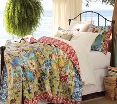 Pretty sure I NEED this quilt...as a nod to the early-twenties version of me who was obsessed with island decor.