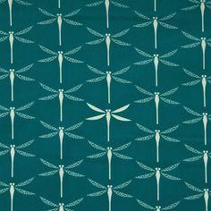 Canvas bio Baumwolle GOTS Libellen türkis 16-016 Dicht gewebter Canvas aus 100% Bio Baumwolle (GOTS) bedruckt mit weißen Libellen auf türkisgrünem Grund. Breite: ca. 110cm, Gewicht: 200g/m2 /...