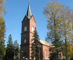 Mäntsälä church was built in 1866, and was designed by architect Jean Wiik, whose original plans were revised by E.B. Lohrmann. This is the fourth church that has stood here. It seats approximately 1500 people. The bell tower reaches the height of 52m