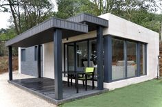 moderne häuser von casas cube - Haus - Home Design Architecture Design, Sustainable Architecture, Prefabricated Houses, Tiny House Cabin, Home Budget, Modular Homes, Modern Prefab Homes, Modern House Design, Beautiful Homes