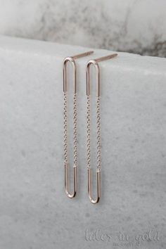 Extra Long Earrings, Gold Chain Earrings, 14k Gold Earrings, White Gold, Everyday Earrings, Gift For Women, Dainty Jewelry, Gift For Her, Long Dangle Earrings, Delicate Earrings, Unique Earrings, Gold Dangle Earrings   ★★★★★★★★★★★★★★★★★★★★★★★★★★★★★★★★★★   Dangling long earrings with a delicate gold chain! They are super light and you wont notice wearing them all day long. But everyone else will! Getting ready for a special night