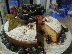 torta uva fragola