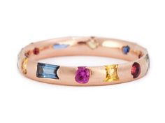 Slim Harlequin Crystal Ring Pictured in 18ct Rose Gold 1.2ct Sapphires Dimensions: Slim (3mm)