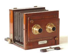 Old antique camera: Stereo tailboard camera c1895 London stereoscopic Co $1850