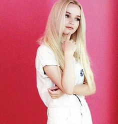 Dove Cameron)) hey I'm Chloe I'm 16 and flirty I love music and dance and I'm single I can be very peppy and weird...and shy at first