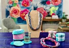 Learn no-knit, no-sew uses for Sweet Rolls and Jelly Rolls. This video originally appeared on Facebook Live on April 11, 2017.
