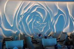 2010 Rose wall decor - Blu Restaurant aboard the Celebrity Equinox Interior Walls, Interior Modern, Interior And Exterior, Panneau Mural 3d, 3d Rose, Rose Wall, 3d Wall Panels, Restaurant Interior Design, Wall Finishes