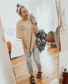 Casual outfits for high school 60 best outfits 92 ~ Litledress, Source by sc_outfits School outfits Spring Outfit Women, Trendy Fall Outfits, Fall Outfits For School, Cute Casual Outfits, Casual College Outfits, Summer Camp Outfits, Summer Wear, Boho Spring Outfits, Hipster Summer Outfits