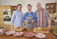 Domácí šunka — Kluci v akci — Česká televize Kitchen Hacks, Homemade, Meat, Food, Home Made, Essen, Meals, Yemek, Hand Made