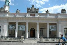 The Uprasing museum