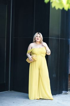 3707c96e45a0a 20 Plus-Size Summer Outfits That Are Anything But Boring