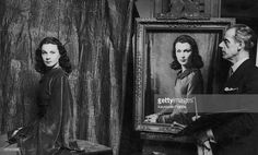 during-the-1940s-david-jagger-paints-the-actress-vivien-leigh-picture-id107410095 (1024×617)