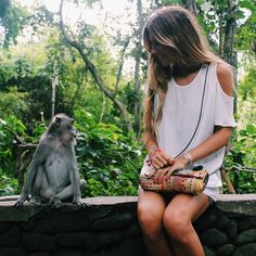 Do you wanna be my friend? #regram de @belenhostalet en Bali  @liketoknow.it #liketkit www.liketk.it/0ZY