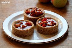 Jablkové tartaletky so slaným karamelom - Coolinári Cheesecake, Muffin, Treats, Breakfast, Treat Box, Blog, Cakes, Mini, Basket