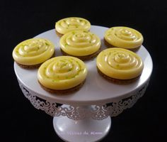 Tartelette au citron trop facile 2 Vegan Dessert Recipes, Mini Desserts, Beignets, Flan, Biscuits, Tea Time, Caramel, Deserts, Brunch