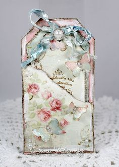 Live & Love Crafts' Inspiration and Challenge Blog: ♥ Tag Card ♥