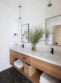 modern farmhouse bathroom design with black hexagon tile, modern metal mirrors, White Oak Bathroom Vanity , neutral modern bathroom design and bleached oak cabinets Interior Design Minimalist, Luxury Interior Design, Bathroom Interior Design, Home Design, A Design, Interior Design Masters, Washroom Design, Oak Bathroom Vanity, Small Bathroom