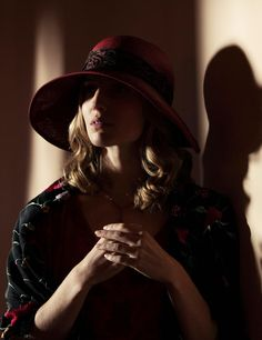 Five minutes with Annabelle Wallis (Peaky Blinders)