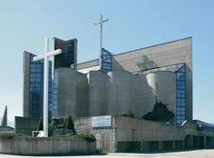 Krakow, kosciol pw. sw. Jadwigi Krolowej | Romual Loegler | 1977-90