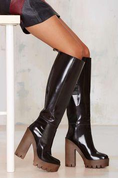 Stiù Cindy Patent Leather Platform Boot €199