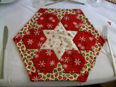 patchwork facile -dessous-assiette-patchwork-noel