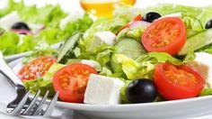 Eat More Fruits and Veggies To Live Long! Healthy Salads, Healthy Drinks, Caprese Salad, Cobb Salad, Coleslaw Salad, Comfort Food, Greek Salad, Fruits And Veggies, New Recipes