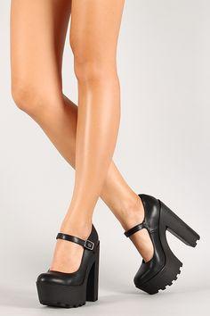 3ef2ec29548 Mary Jane Lug Sole Platform Pump 90s Shoes