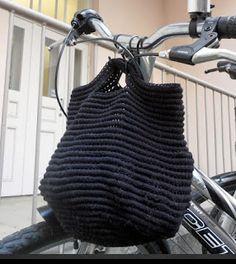 Patrones con trapillo (28): bolso tipo saco con crochet