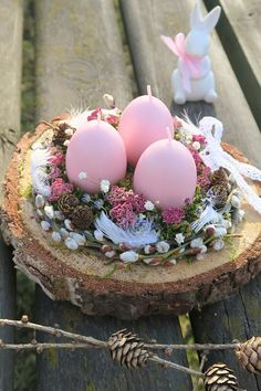 home decor easter diy * home decor easter ; home decor easter diy ; home decor easter beautiful ; home decor easter basket ; home decor easter eggs ; easter decor ideas for the home ; easter decorations dollar store home decor ; easter home decor ideas Tree Slices, Diy Easter Decorations, Tree Decorations, Outdoor Decorations, Thanksgiving Decorations, Deco Floral, Easter Baskets, Easter Crafts, Bunny Crafts