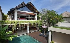 Villa Harmony Bali is an affordable villa situated in a beautiful area of Batubelig, 10 minutes from Seminyak. #MinistryofVillas