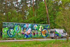 Art-EFX-Trafostation zeigt das Leben auf der Trockenwiese und den Lebenszyklus eines Distelfalters, #artefx, #murals, #muralpainting, #streetart, #graffitiauftrag, #substation, #illusionsmalerei, #schmetterling, #distelfalter