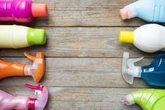 トイレや洗濯機、水回りなどで使える100均お掃除グッズのなかでも、特に優秀なコスパ最強のグッズ10選をご紹介します。